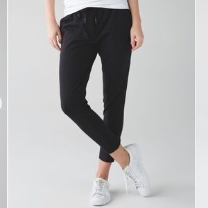 Lululemon Jet Crop Slim Legging Trousers Black